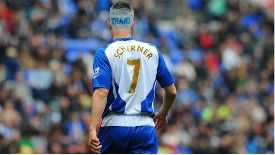 Paul Scharner showed his gratitide to Wigan fans in his last game at the DW Stadium