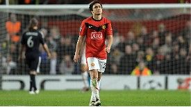 Rafael sent off v Bayern
