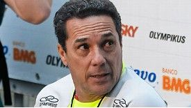 Vanderlei Luxemburgo took charge of his first training session on Tuesday.