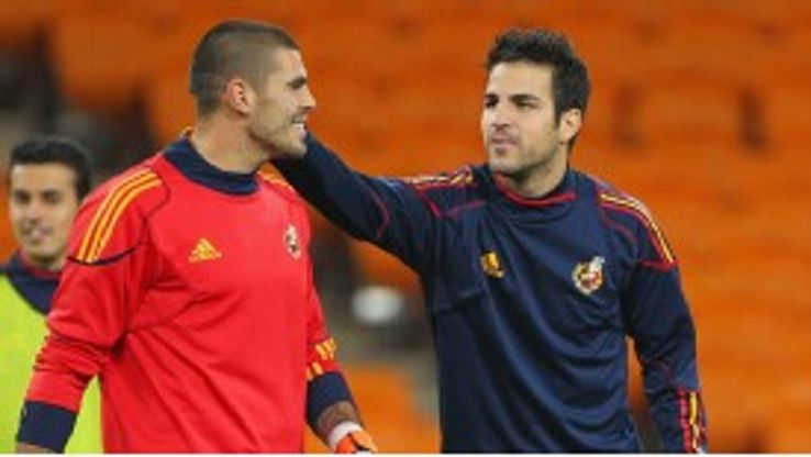 Victor Valdes believes Cesc Fabregas would only leave Arsenal for Barcelona