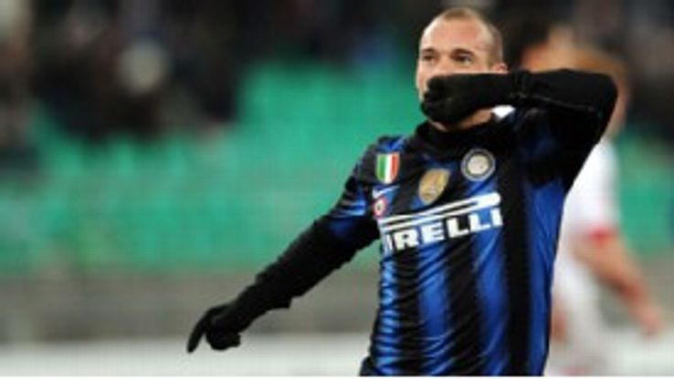 Sneijder has reportedly been the subject of interest from Chelsea and Man Utd