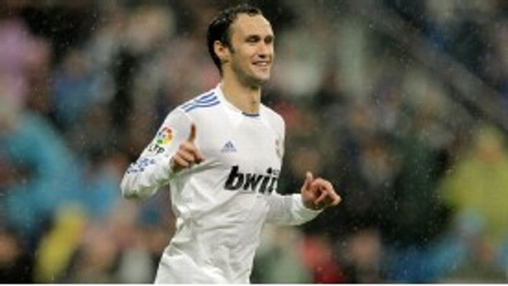 Ricardo Carvalho doubled Real Madrid's lead to seal a 2-0 victory over Levante