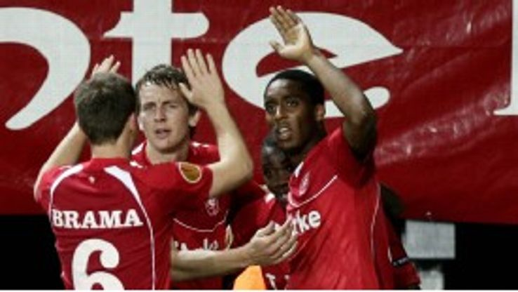 Leroy Fer ensured FC Twente fans went home happy after he scored a late winner against  Odense
