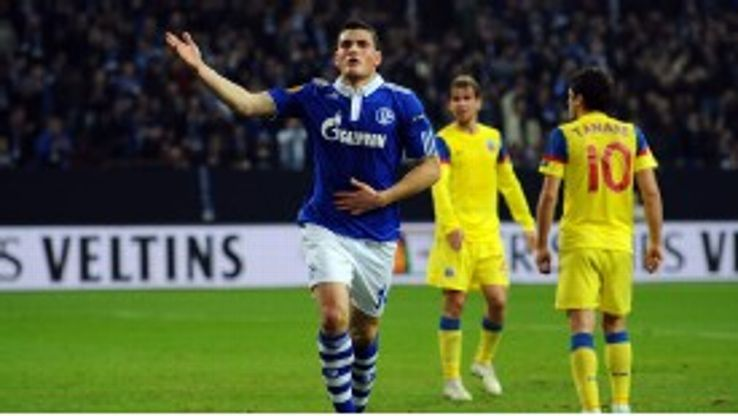 Kyriakos Papadopoulos knows Schalke face a tough test