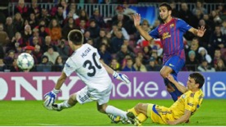 Martin Montoya fires Barcelona's second goal against BATE Borisov