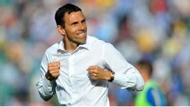 Gus Poyet would relish a Premier League chance.