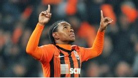 Shakhtar midfielder Willian was reportedly close to joining Chelsea in January