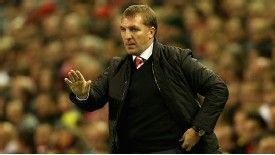 Rodgers says Suarez can deal with crowd hostility