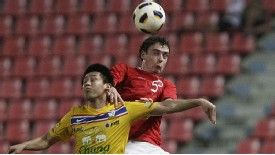 Vegard Forren wins the ball for Norway