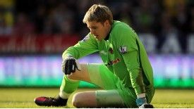 Wolves goalkeeper Wayne Hennessey's spell out injured could be increased by further surgery