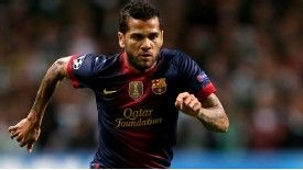 Dani Alves says Barcelona will take risks