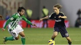 Benat Etxeberria's contract at Real Betis is ticking down but he is not keen on a move away