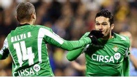 Valencia lose third straight game