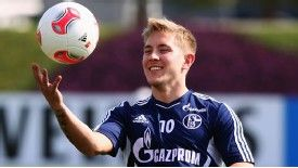 Lewis Holtby has opted to move to Tottenham in January, rather than next summer