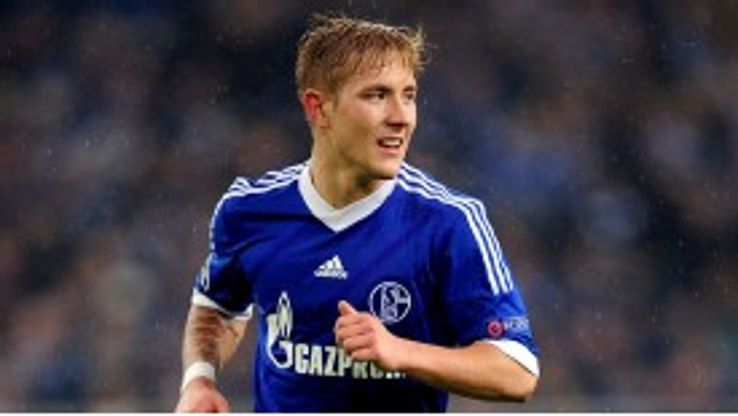 Schalke's Lewis Holtby opted not to join Arsenal next season