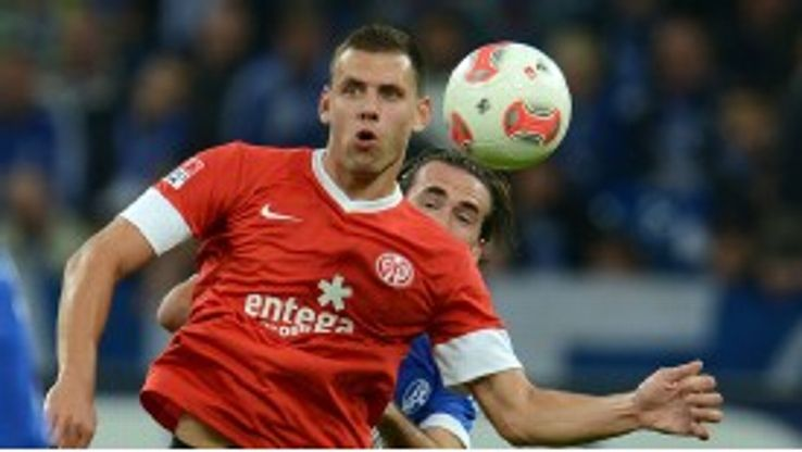 Mainz's influential attacker Adam Szalai is contracted until 2015.