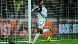 Swansea player Jonathan de Guzman celebrates