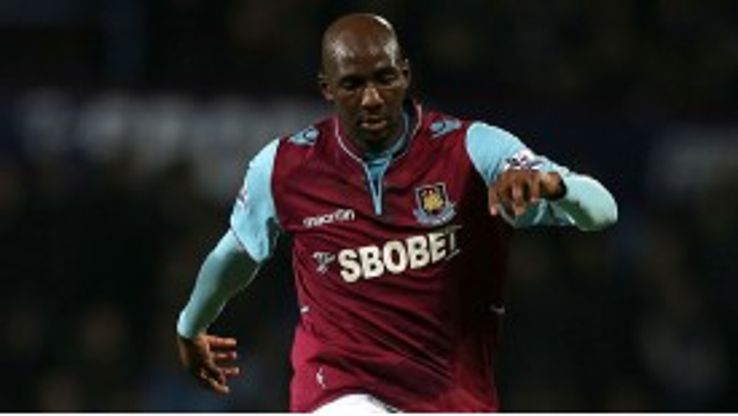 Alou Diarra struggled to make any impact at West Ham