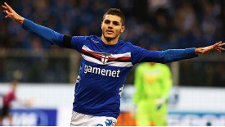 Mauro Icardi celebrates after scoring in Sampdoria's 6-0 win over Pescara