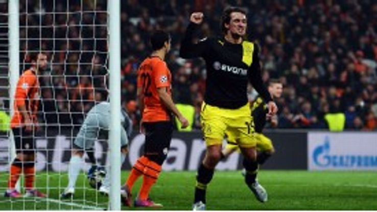 Mats Hummels celebrates his late leveller