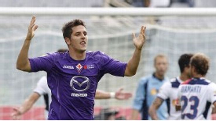 Using two formats allows Stevan Jovetic to thrive for Fiorentina.