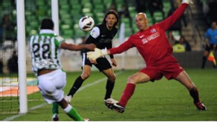 Dorlan Pabon scores Real Betis' third against Malaga