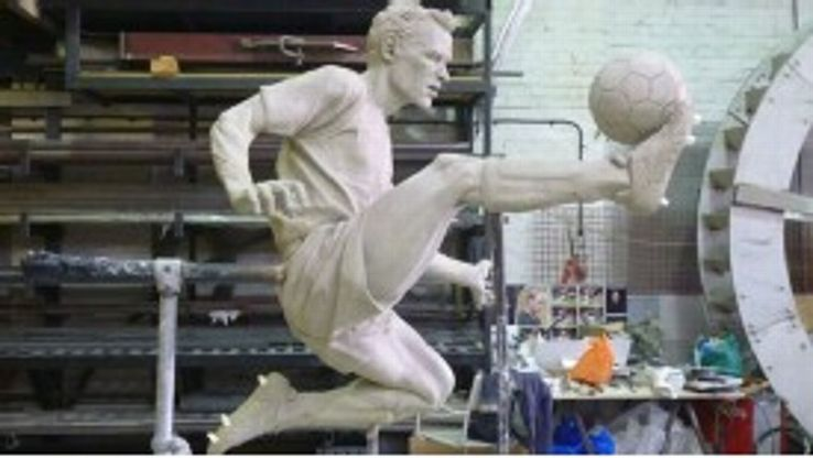 Dennis Bergkamp's statue could soon be standing outside the Emirates
