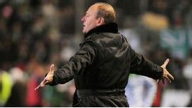 Pepe Mel is sorry for his gesture