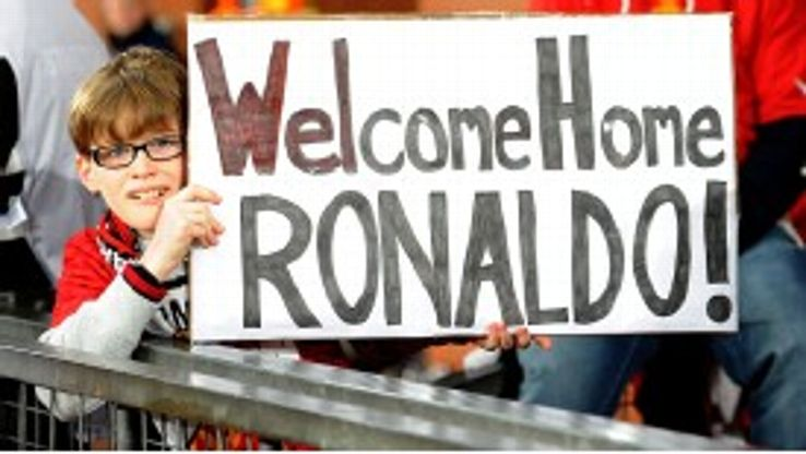 A Manchester United fan welcomes Cristiano Ronaldo back to Old Trafford