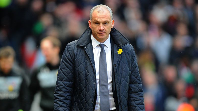 Reading caretaker manager Eamonn Dolan at Old Trafford