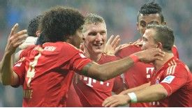 Nine-goal Bayern keeping focus on Juve