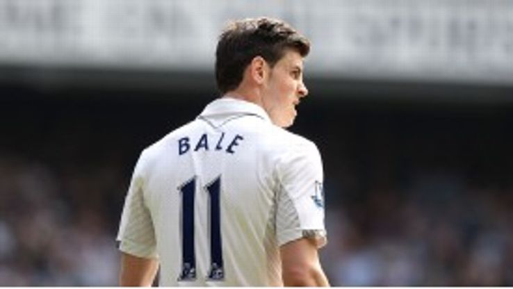 Gareth Bale has refuted Andre Villas-Boas's claims that he is as good as Ronaldo