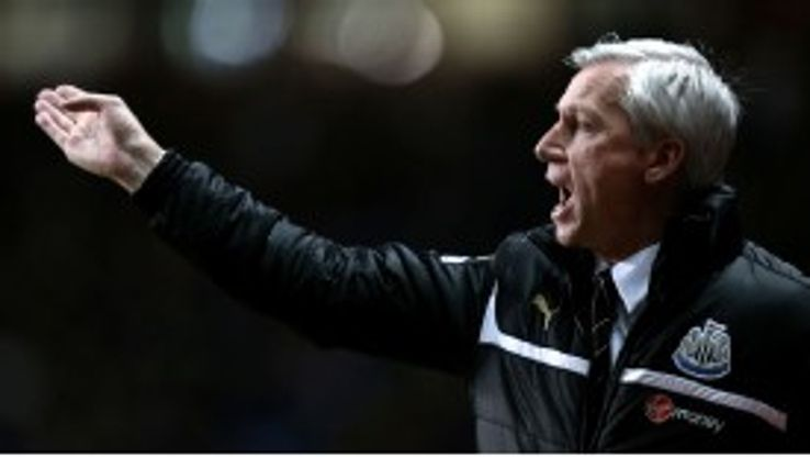 Alan Pardew insists he has the support of owner Mike Ashley