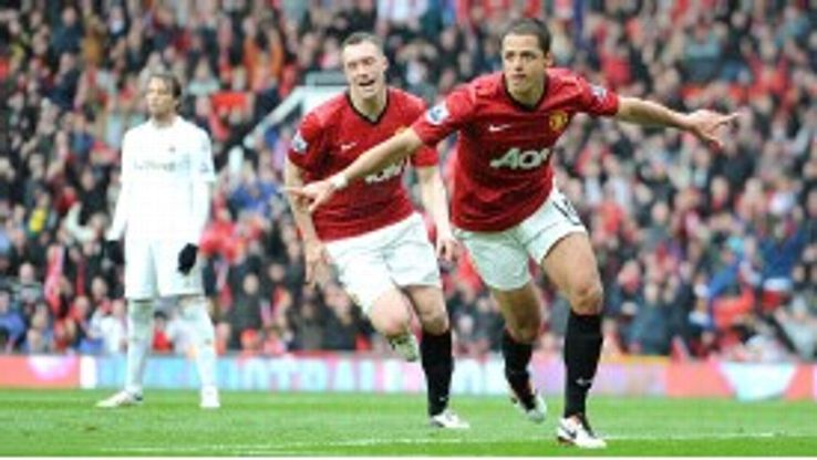 Javier Hernandez celebrates after giving Manchester United the lead
