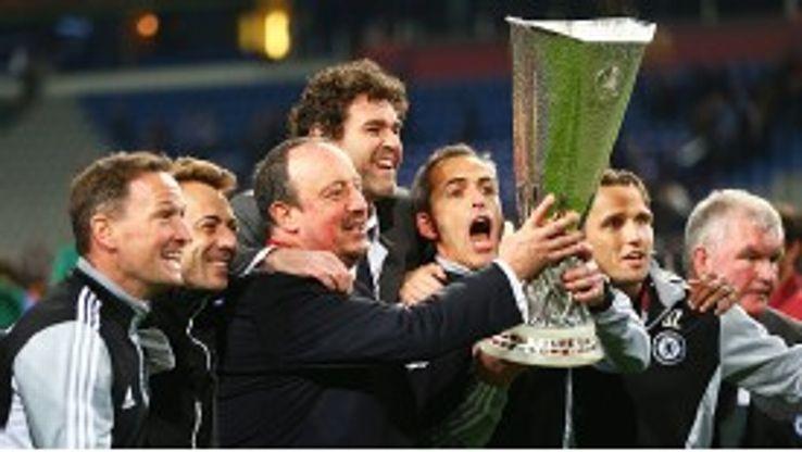 Rafael Benitez was applauded by Chelsea fans