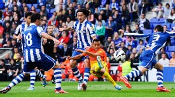 Alexis Sanchez scores for Barcelona against Espanyol