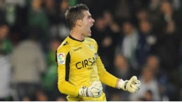Adrian ends a 16-year affiliation with Real Betis