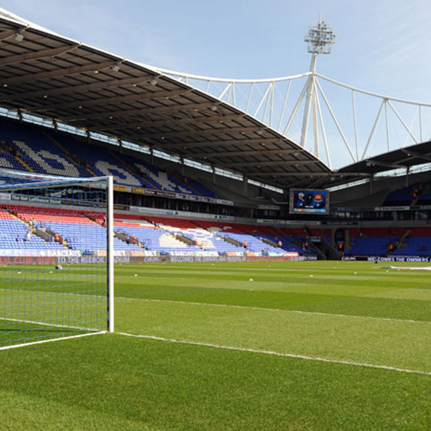 Epl Matches Live On Rcti Indonesia Tv Channel: Bolton First Team Squad Unpaid November Financial Crisis