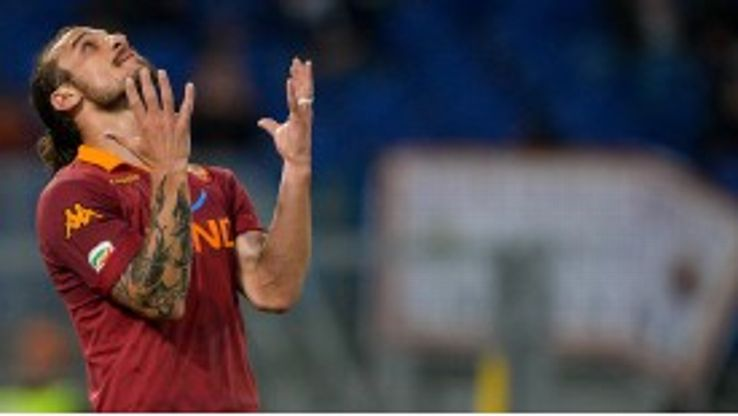 Roma want Pablo Daniel Osvaldo to depart for Southampton.