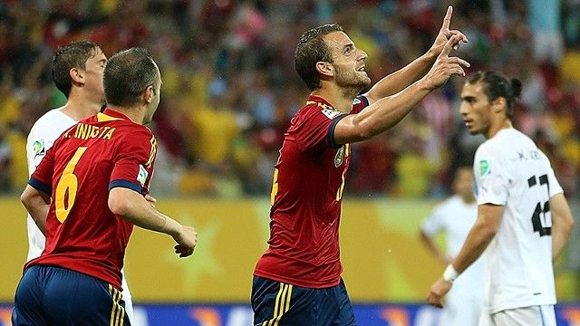 Roberto Soldado celebrates his first-half goal