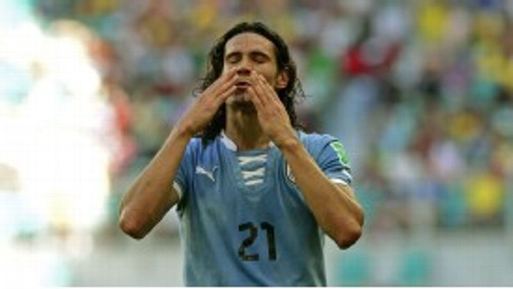 Edinson Cavani looks to be set to move to Ligue 1.