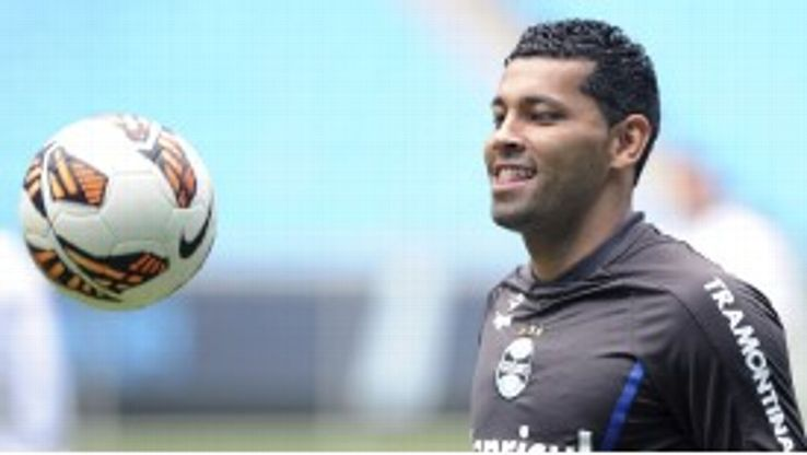 Andre Santos spent time on loan at Gremio last season.