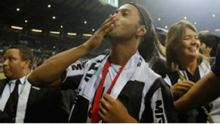 Ronaldinho wrote his name into the record books again with another career title.