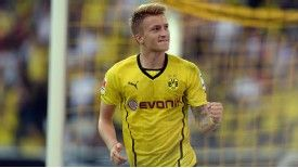 Marco Reus gave Dortmund an early lead against Bayern Munich.
