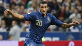 Etienne Capoue in action for France.