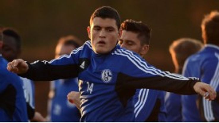 Kyriakos Papadopoulos has now returned to training with Schalke.