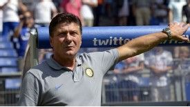 Inter Milan coach Walter Mazzarri says the team are only starting their journey.