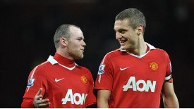 "Nemanja Vidic tells striker Wayne Rooney ""there''s no point"" in leaving Manchester United."