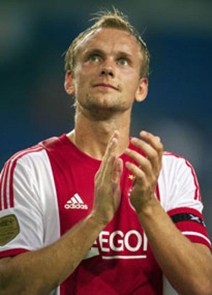Siem de Jong will miss Ajax's opening Champions League match next month.