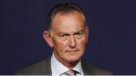 Richard Scudamore does not believe a winter World Cup is feasible.
